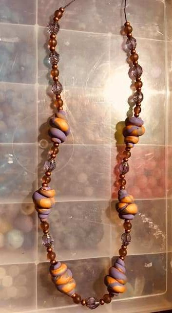 necklace twisted beads